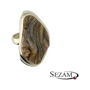 Pierścionek srebrny z różą chalcedonu nr GX MINERALS GX/rch/2