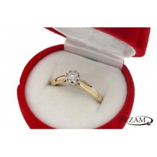Pierścionek zaręczynowy z diamentem nr KU 68602 Royal Magic