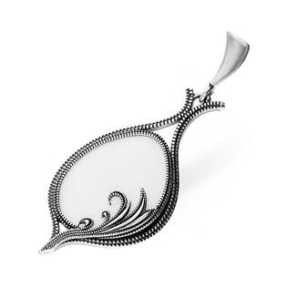 Zawieszka srebrna z białą masą nr SZ034 Sezam - 1